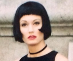 Paula Patrice modeling a Louise Brooks hairstyle in Paris